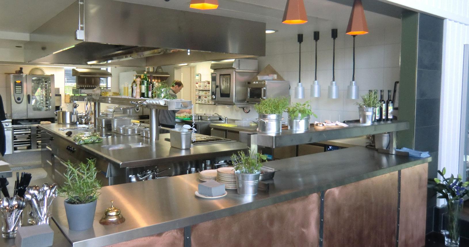 Fliesenarbeiten Bundesweit Für Privat Gewerbe Fliesen Melz - Fliesen für restaurant küche
